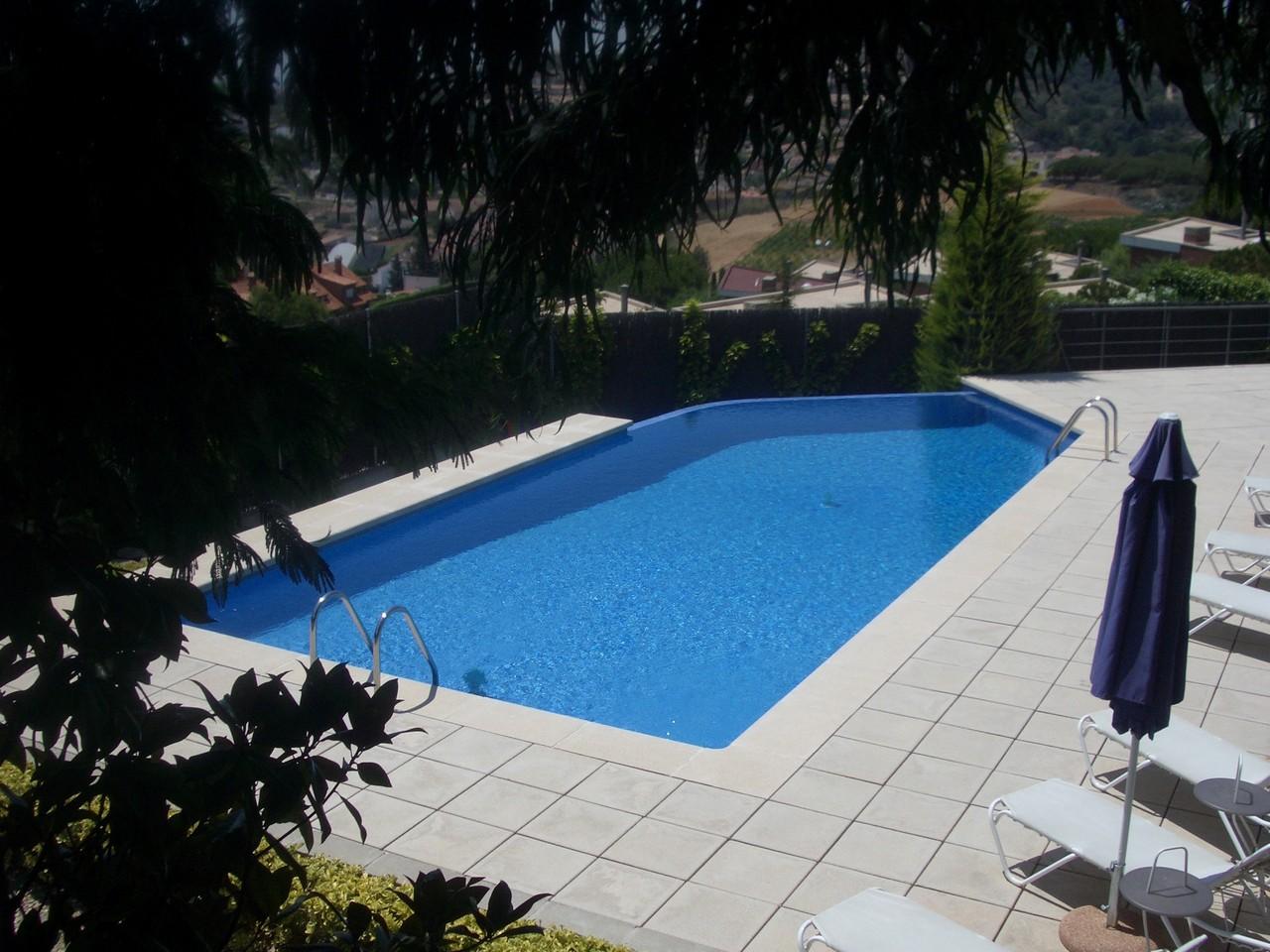 Piscinas construcci n de piscinas precios de piscinas - Piscinas construccion precios ...
