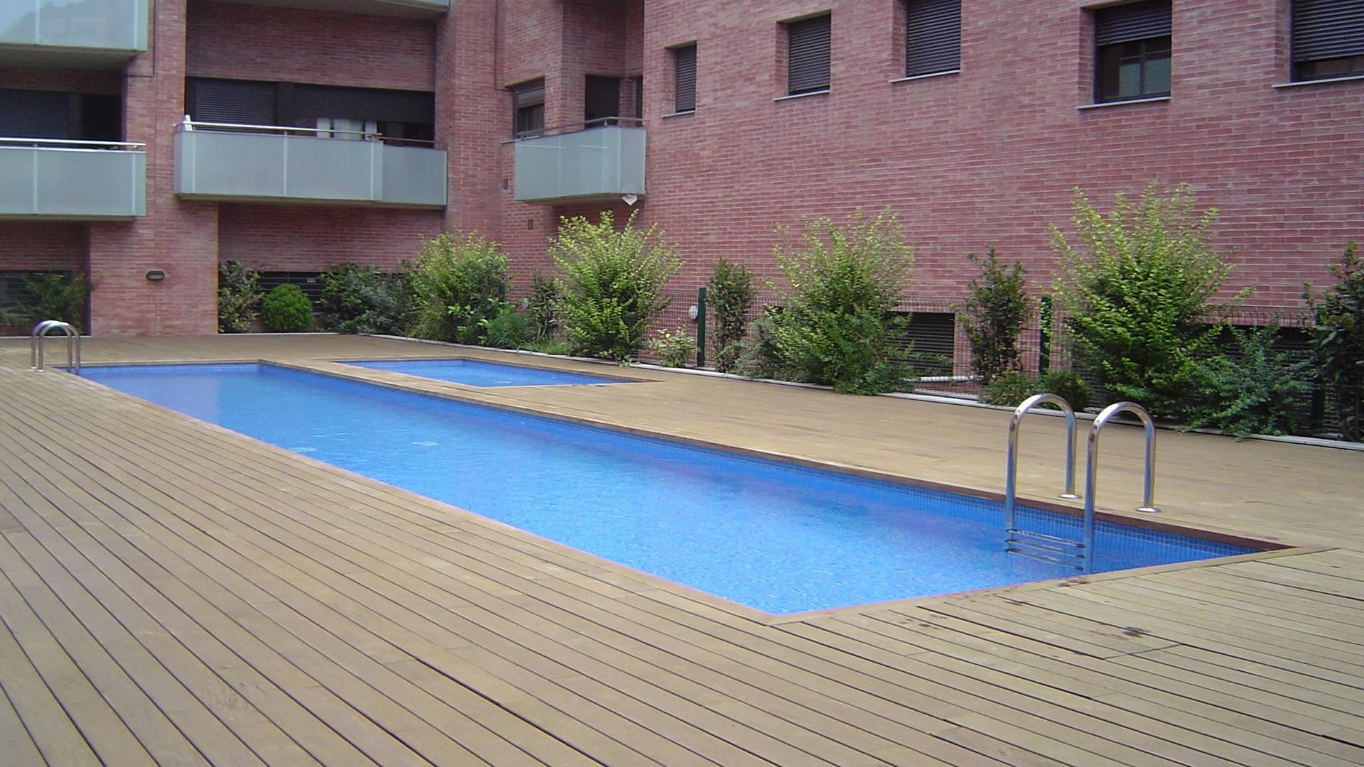 Piscinas construcci n de piscinas precios de piscinas for Construccion de piscinas precios