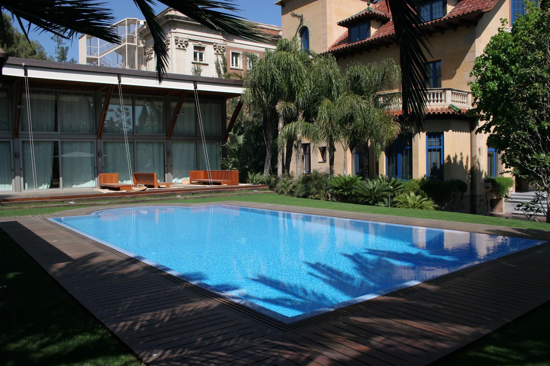 Construcci n de piscinas precios de piscinas for Presupuesto construccion piscina